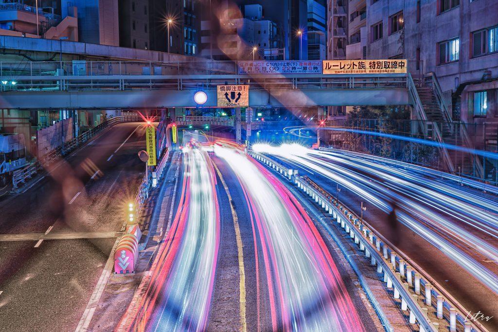 京橋ジャンクションとレーザービーム