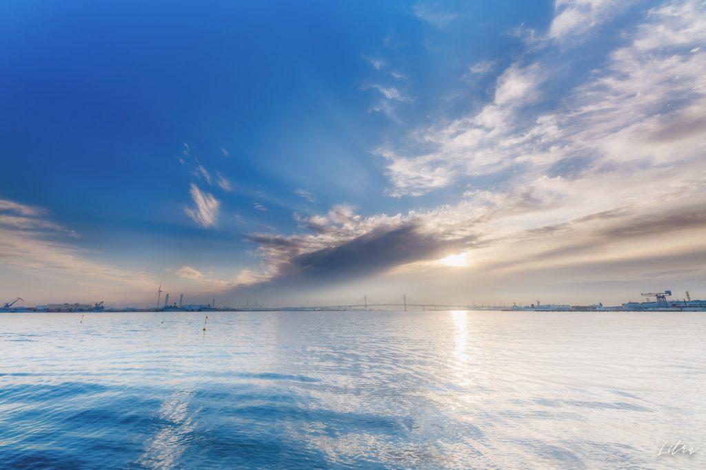 臨港パークの朝日